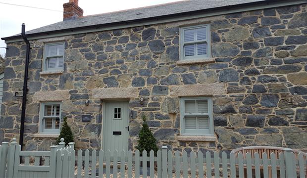 beautiful cornish cottage